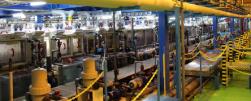 大型基板スリミング尼崎工場新設、操業開始